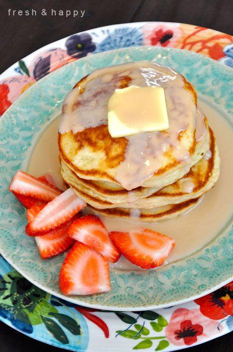 Fresh & Happy: Fluffy Sour Cream Pancakes & Sour Cream Maple Syrup