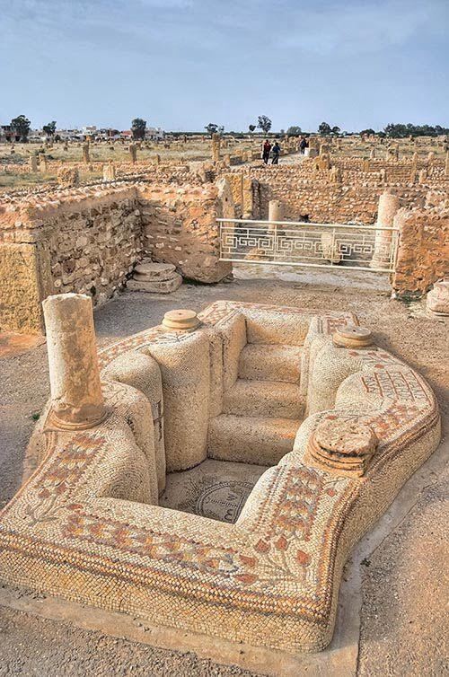 Ruínas Romanas de Sufetula do centro-norte da Tunísia imperador Vespasiano                                                                                                                                                      Mais
