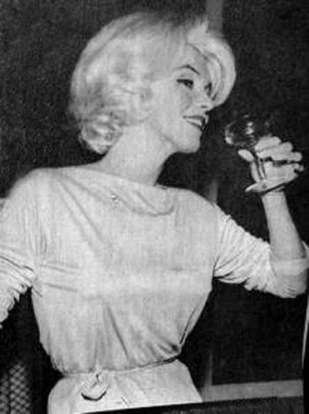 Marilyn at a press conference at the Hilton Hotel in Mexico City, February 22nd 1962.