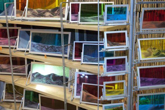 Originalissimi quadri in vetro colorato e trasparente. All'Artigianato in fiera si trova il meglio della creatività!