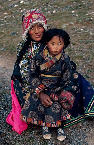 Mère et son enfant Tibet ?