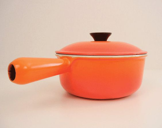vintage le creuset cookware orange flame cast iron enamel sauce pan 1 quart with lid sauces. Black Bedroom Furniture Sets. Home Design Ideas