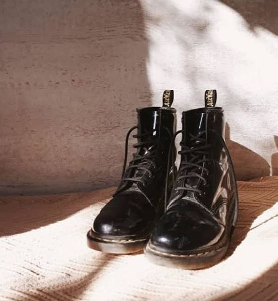 Buty Dr Martens 1460 W Black Patent Lamper 11821011 Boots Dr Martens Boots Dr Martens Boots