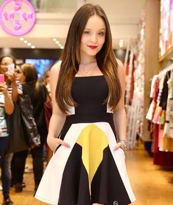Os vestidos lindos que Fê Concon usou em sua festa de 15