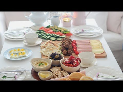 فطور صباحي بأشياء جاهزة بدون تعب Kahvalti Breakfast Brunch Youtube Brunch Breakfast Brunch Breakfast Recipes