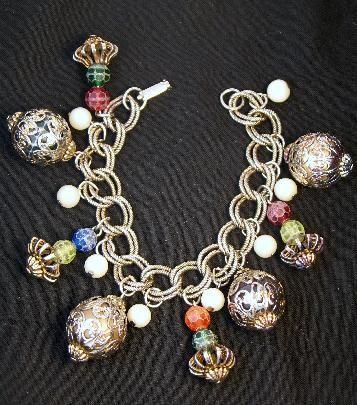 Vintage Lucite and Faux Pearl Charm Bracelet