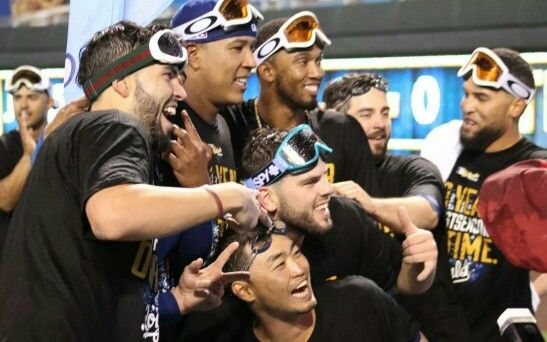 Got goggles?!?! It's called a Royals sweep!!!