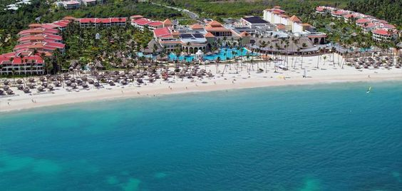 Prepare yourself for sensory bliss at this indescribable Punta Cana resort. The Paradisus Palma real Golf & Spa resort is an all inclusive paradise
