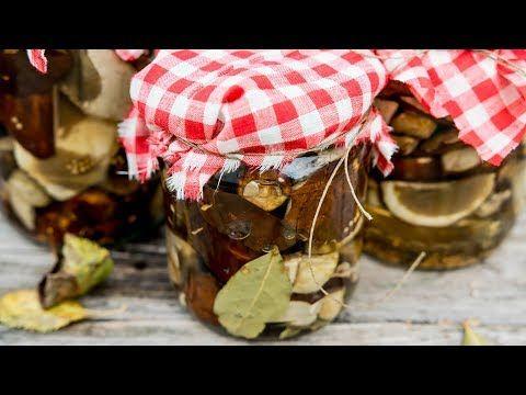 Grzyby Marynowane To Jeden Z Przysmakow Kuchni Polskiej Sprawdza Sie Swietnie Jako Dodatek Do Wielu Dan Sprawdz Jak Przygotowac Grzybk Vegetables Food Radish