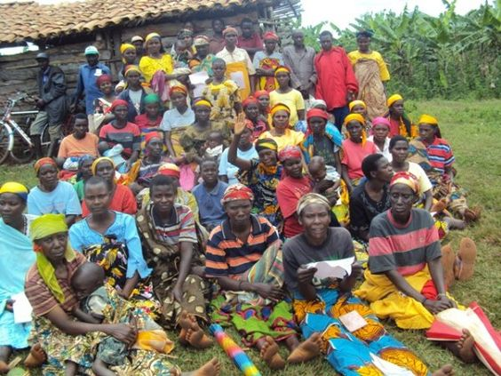 A portion of Tambuka Group's $3425 loan helped the borrower described to buy large quantities of bananas for resale.