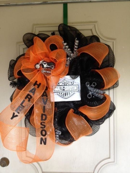 Harley davidson wreaths and deco mesh wreaths on pinterest for Deco harley davidson