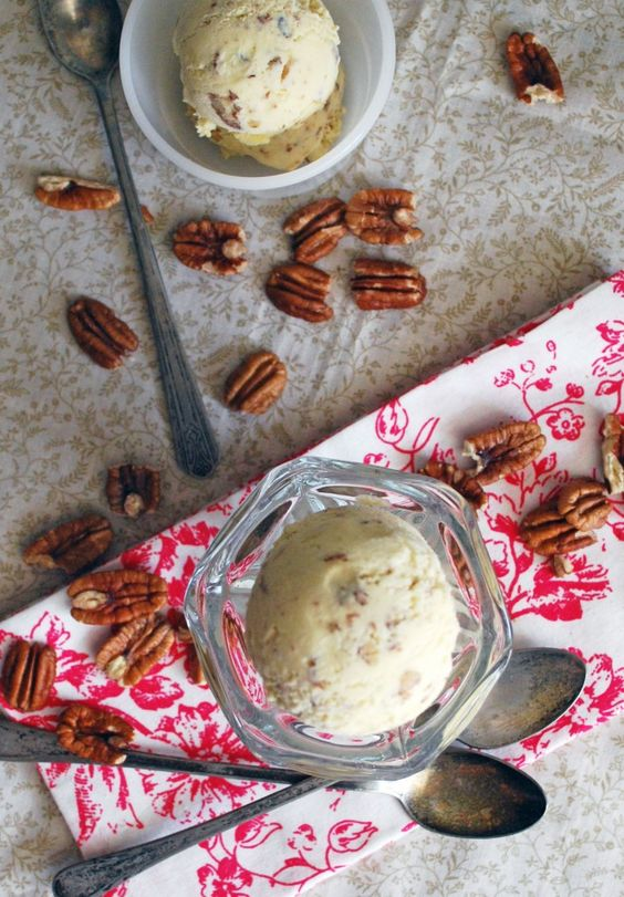 Butter Pecan Ice Cream via The Live-In Kitchen