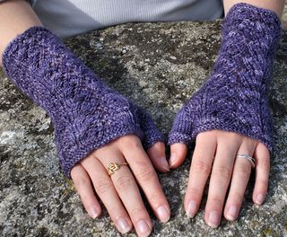 Gorgeous, lacy handwarmers with beads (optional) in two sizes. Beads are optional and are added using a crochet hook.