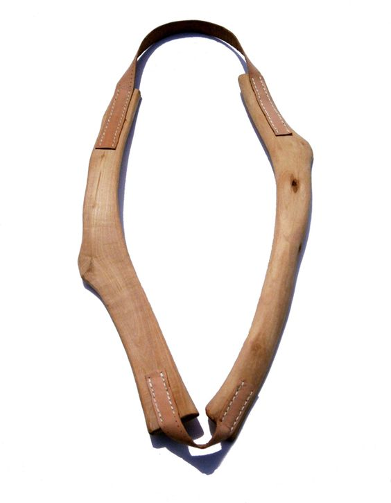 Carlos Silva - necklace - olive wood, natural leather, nylon thread -    mai 2014 ·   Colar | Necklace  madeira de oliveira, cabedal natural e fio de nylon olive wood, natural leather and nylon thread: