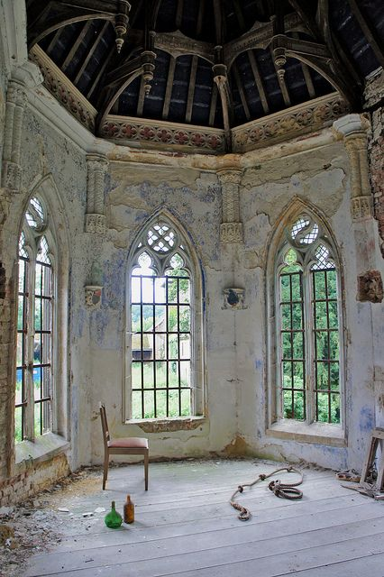 The chapel of an abandoned 18th century castle in Belgium, decorated in Neo-gothic style. Photo by Eluna Side, via Flickr: