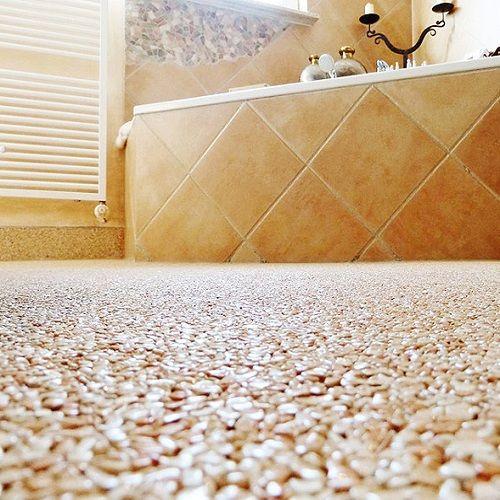 Steinteppich Bad Und Dusche Teppich Steinteppich Verlegen Steine