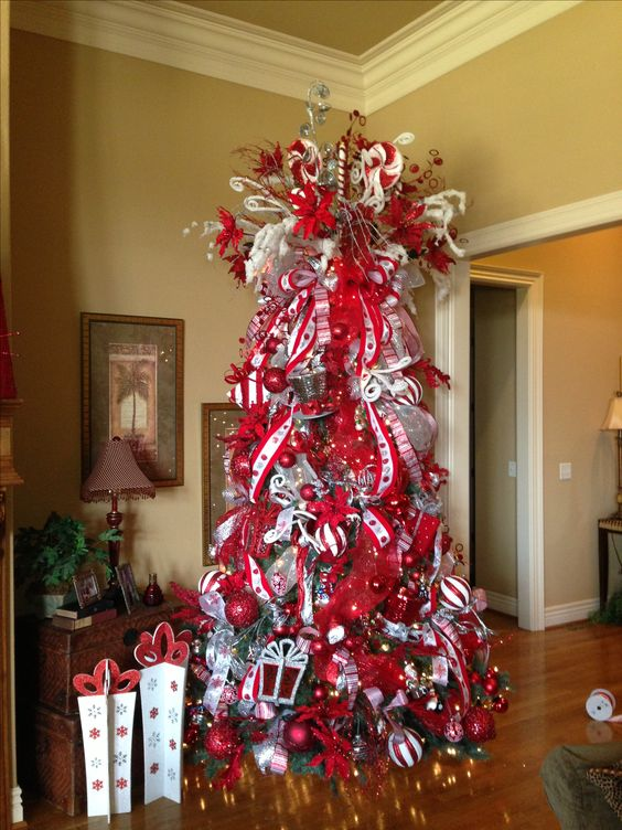 Red and white candy cane theme christmas tree christmas for Red and white christmas tree theme