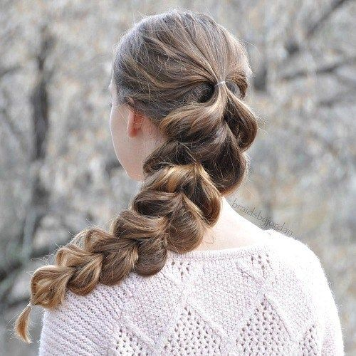20 Hairstyles For Greasy Hair That Hide Oily Roots Greasy Hair Hairstyles Hair Styles Picture Day Hair