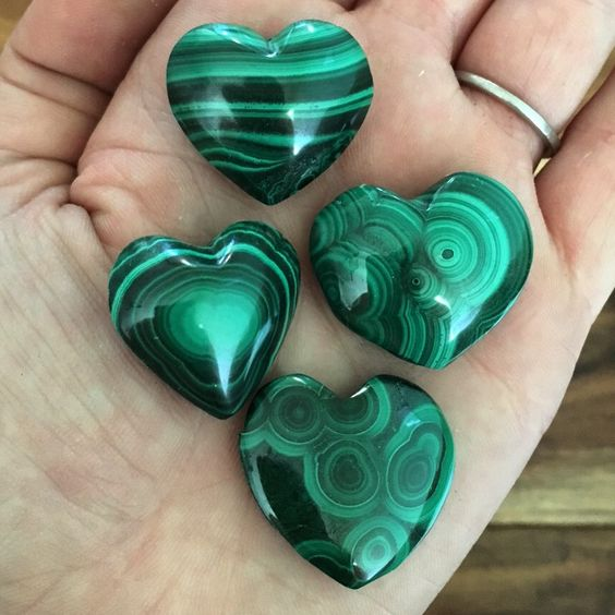 "Malachite Heart Crystals The listing is for one (1) Heart shaped Malachite stone Size ~1"" Malachite is a gemstone of transformation that works to clear and cleanse all the chakras. Malachite healing p"