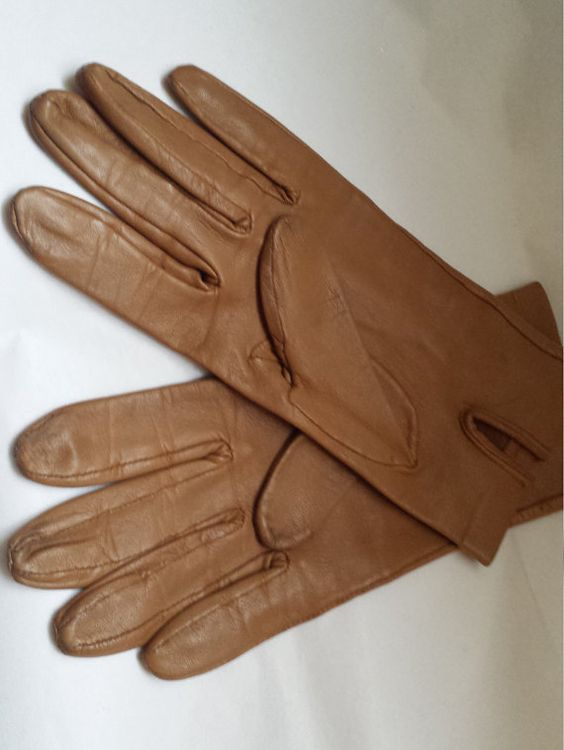 Vintage ladies gloves leather gloves womens by Prettyvintagehouse