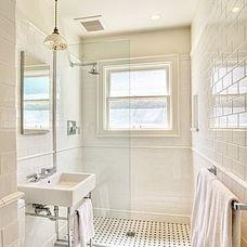 craftsman bathroom by Bosworth Hoedemaker
