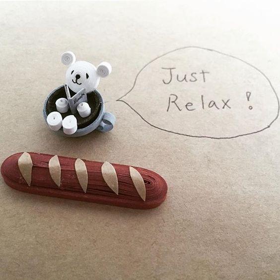Take a break! 年末の忙しい時期…。たまには、ほっこり一休み!  #クイリング #ペーパークイリング #ハンドメイド #ペーパークラフト#くま#quilling#paperquilling #papercraft #handmade #bear