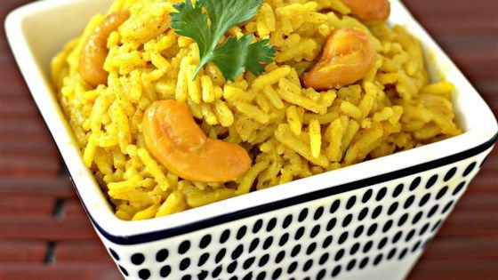 Curried Rice With Cashews Is Simmered In Coconut Water For A Flavorful Asian Inspired Side Dish To Any Meal Easy Rice Recipes Coconut Curry Cashew Recipes