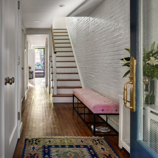 A Landmarked 19th Century Brownstone Gets A Sunny Refresh Brownstone Interiors Brownstone Nyc Brownstone