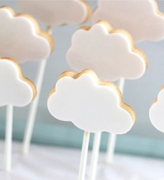 Royal Icing Cloud Cookies