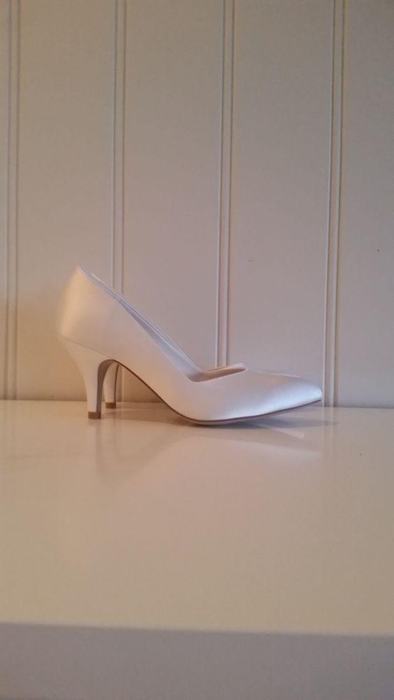 "Art Gabriella i satin #brudskor #brudesko ""weddingshoe #bridalshoe"