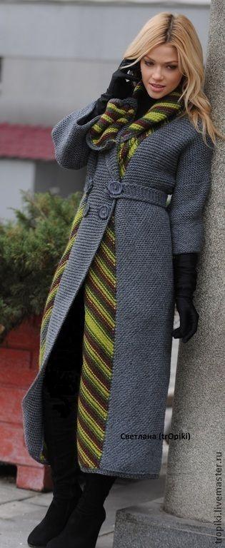 Купить или заказать Авторское пальто вязаное 'Шарм' в интернет-магазине на Ярмарке Мастеров. Авторское пальто связано спицами. Классическую модель украшают цветные полосы , расположенные на одной полочке и переходящие на спинку.Необычно связана нижняя цветная планка, переходящая в шалевидный воротник. Интересный фасон, сочетание цветовое, комбинирование полос с разным направлением делает пальто эксклюзивным. В нем вы будете элегантны и неповторимы. Пальто в единственном экземпляре.