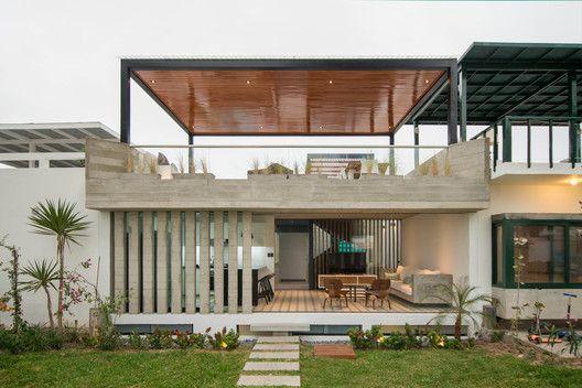 Gallery Of S House Romo Arquitectos 7 Beach House Design Small Modern House Plans Beach House Flooring