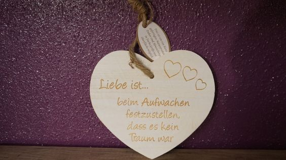 Vintage-Herz  Liebe ist....  Deko, Holz, Liebe, Geschenk, Valentin, 18 cm