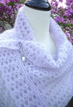 Shell Script Crochet Wrap / Scarf - Knitting Patterns by Michelle Blohm