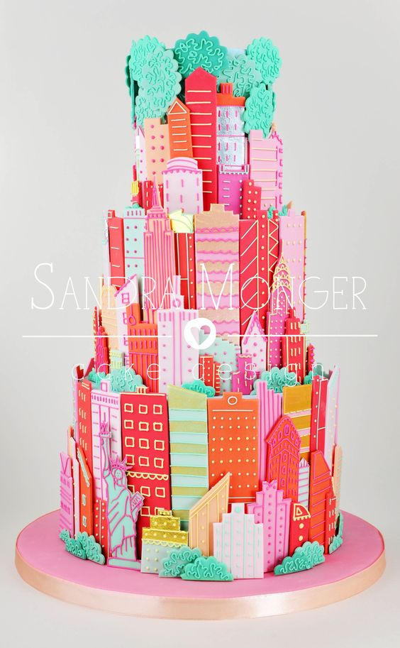 New York Wedding Cake with sugar buildings and landmarks.