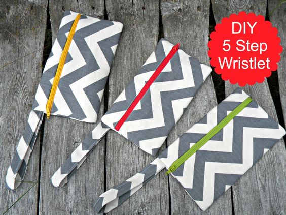How To Make a Fabric Wristlet