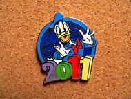 Donald Disney Pin - Hip Lanyard Starter Set - 2011
