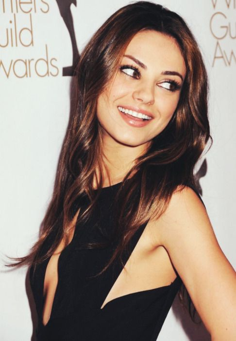 Hagamos Top a la hermosa Mila Kunis en su cumpleaños