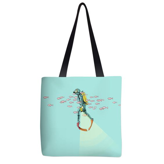 Float Under The Sea Tote