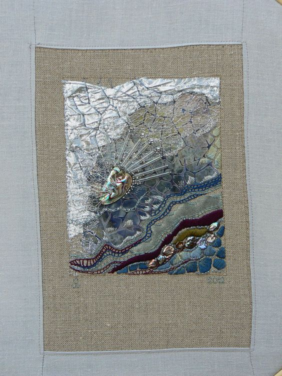 Carol walker crinkle quot  fiber art embroidery