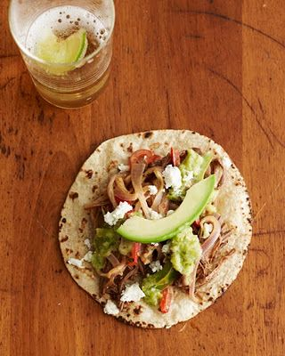 Must try these Braised Beef Tacos and Roasted Tomatillo Salsa via Pictures and Pancakes