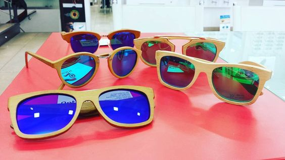 New @canglasses models and colors at @opticalh! Cool #sunglasses made of #bamboo including #polarized lenses and #mirror effect! #frames #glasses #modern #cheap #summer #cool #nature #natural #pandaswilllovethem  Nuevos modelos y colores de #canglasses (marca canaria) en #opticaherradores Unas gafas sensacionales hechas de #bambú con lentes #espejados y #polarizados Ven y pruebatelas sin compromiso #gafasdesol #verano #naturaleza #natural #lospandaslasamarán