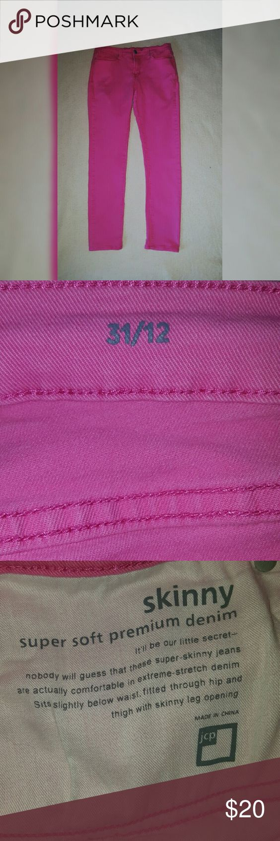 💕SALE💕Pink JC Penny Skinny Jeans Supper soft premium denim... extreme stretch denim... Sits below waist... Fitted through hip and thigh with skinny leg opening... Color is more true to the right color in pic 2... some pilling in crotch..GUC.... Feel free to ask for more pics and/or measurements! ✅Make an offer through OFFER button ONLY ✅Negotiations welcome ❌No trades ❌No PayPal jcpenney Pants Skinny