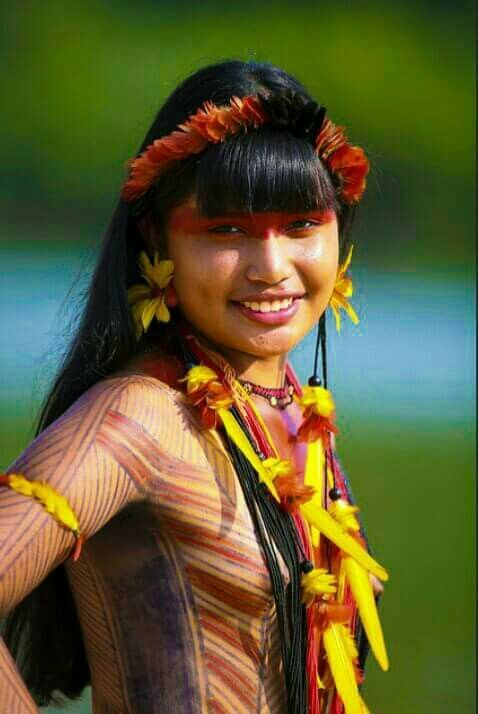 MUJER DEL AMAZONAS / AMAZONAS NATIVE AMERICAN WOMAN