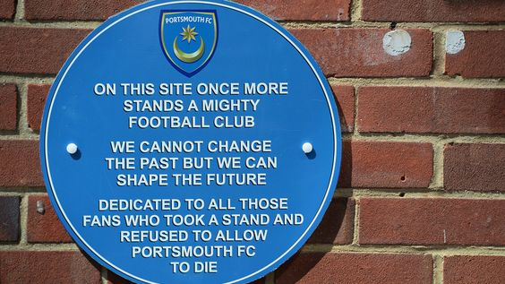Plaque at the Club