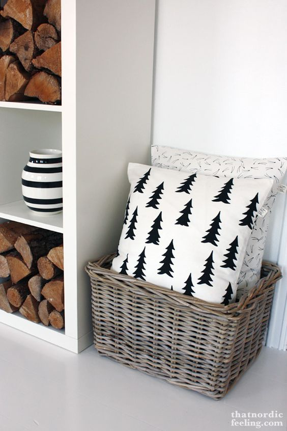 DIY Christmas pillow you could definitely make with sharpie or stencils!