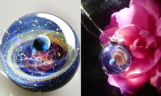 Pingentes de vidro do artista Tomizu Satoshi