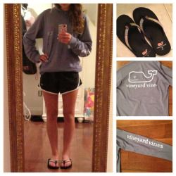 Ootd 7/12/13Changed into some comfier clothes to hang out with some friends:)Hooded pocket t-shirt-Vineyard VinesShorts-NikeFlip Flops-Vineyard VinesAnd pearl earrings!