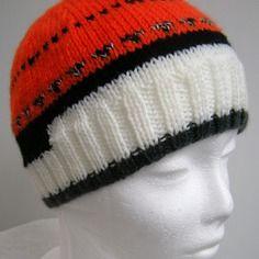 Bonnet pour femme ou ado - tons orange, noir, blanc et chiné