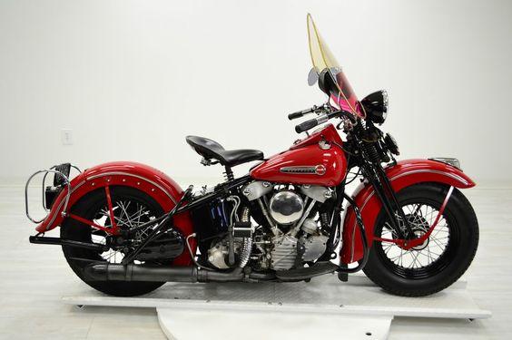 1947 Harley-Davidson Touring